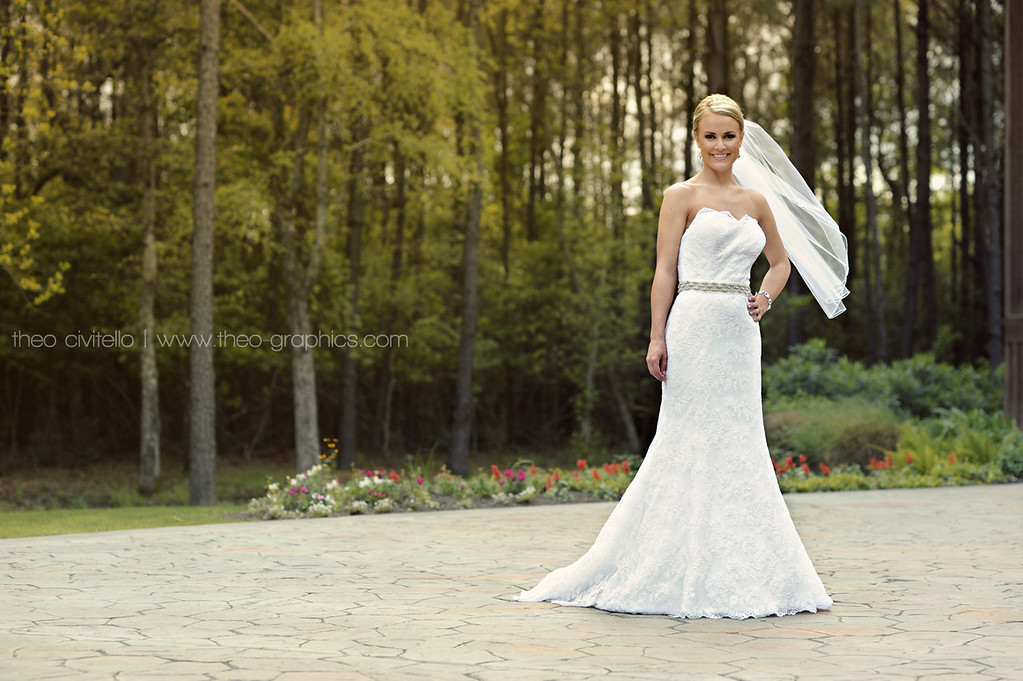 IMAGE: http://civitello.smugmug.com/Weddings/Joel/i-RjCZ9pJ/1/XL/Bride-XL.jpg