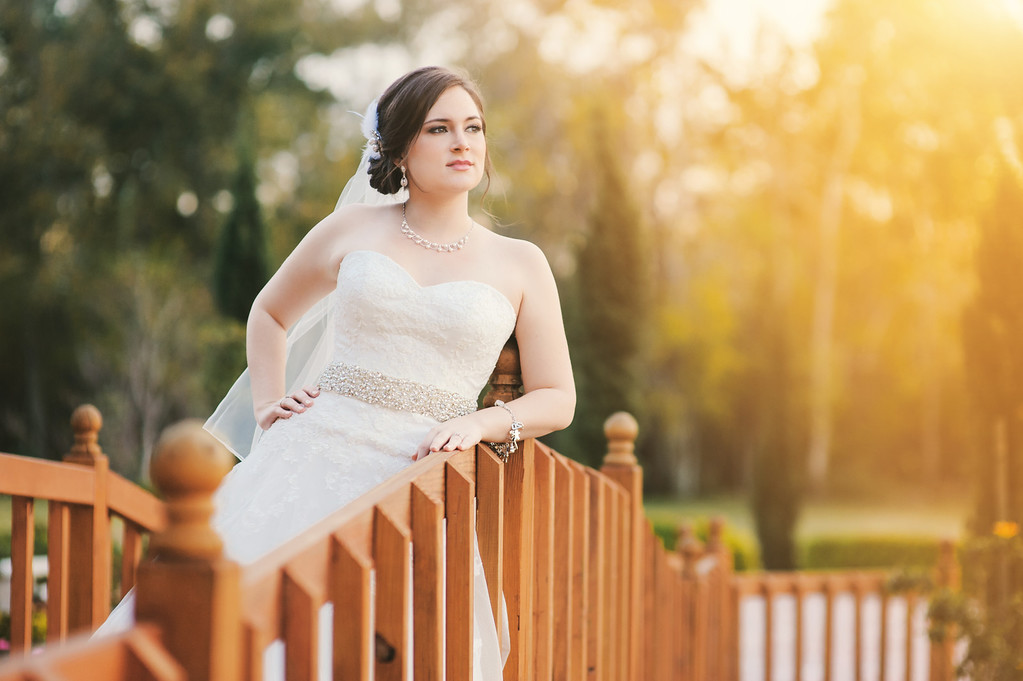 IMAGE: http://civitello.smugmug.com/Weddings/Macy-Bridal-Blog/i-T87NsJc/0/XL/_DSC4170-Edit-XL.jpg