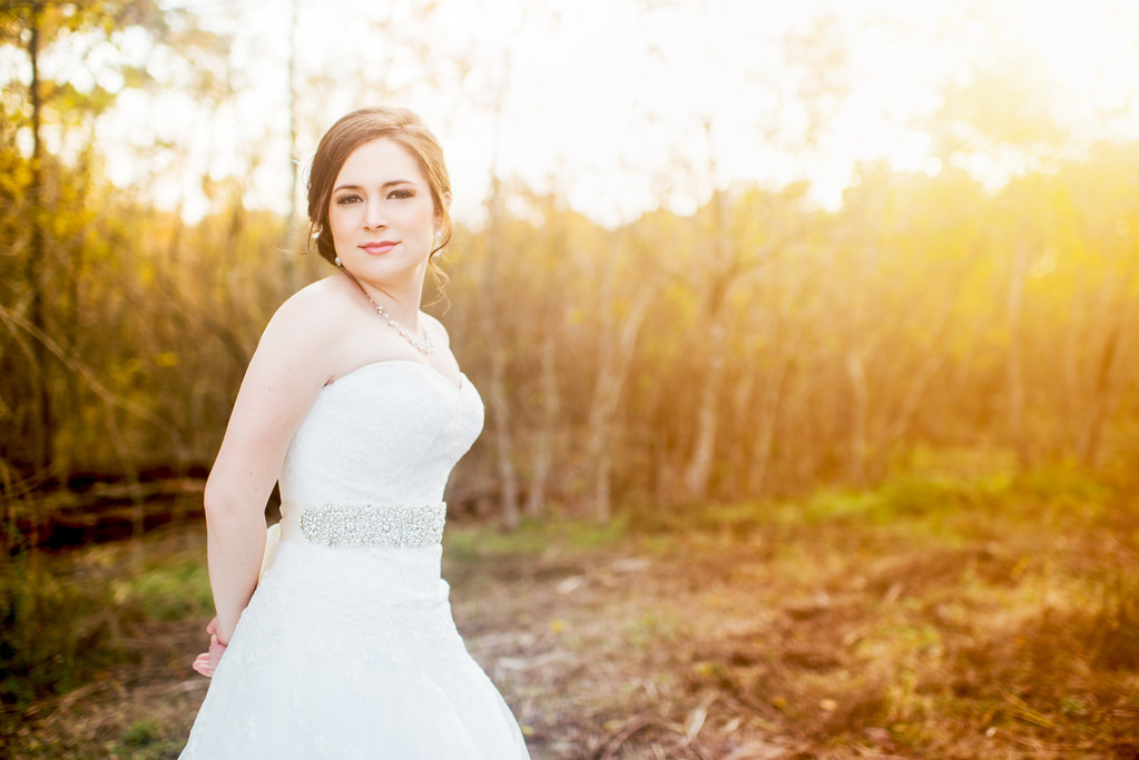 IMAGE: http://civitello.smugmug.com/Weddings/Macy-Bridal-Blog/i-h8KDcPd/2/XL/DSC_2574-Edit-XL.jpg